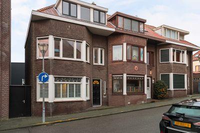 Burgemeester Geillstraat 33, Terneuzen