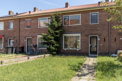 De Ruyterstraat 18, Nijkerk