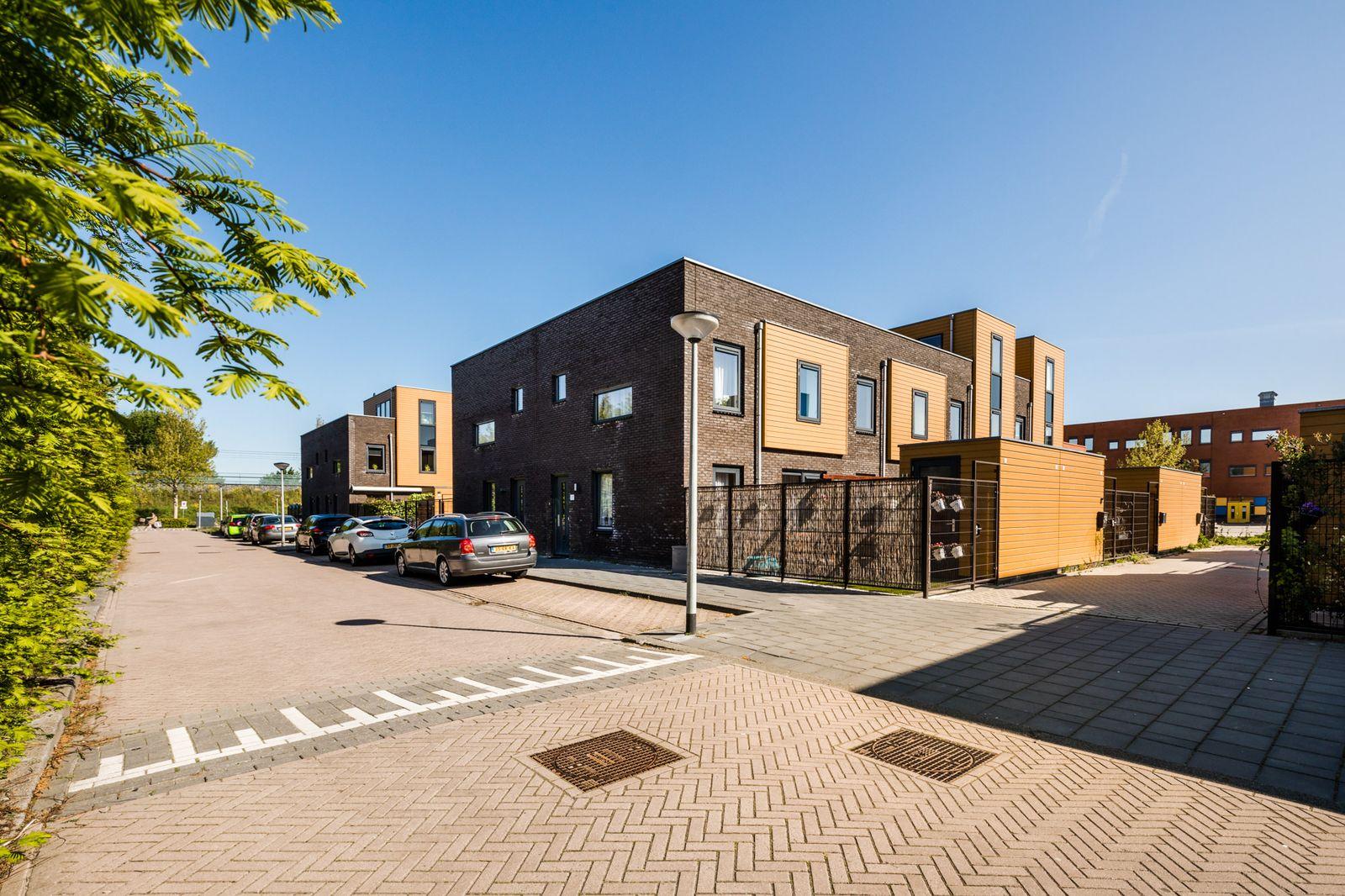 Makassarweg 22, Almere