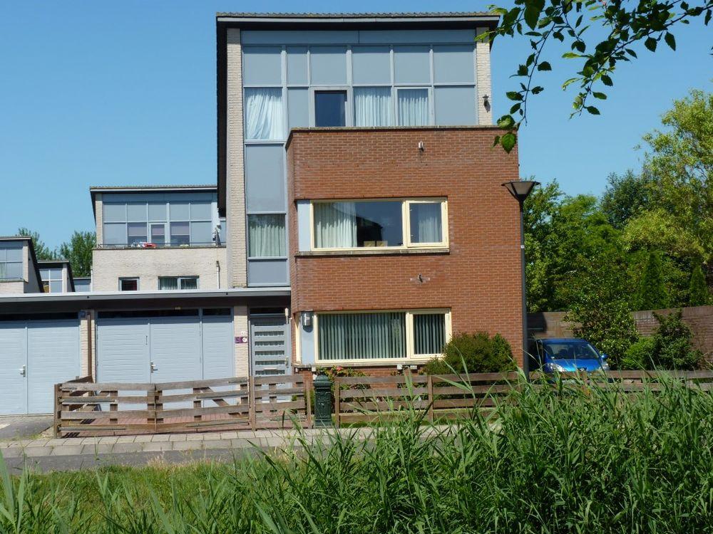 Assumburg 69, Lelystad