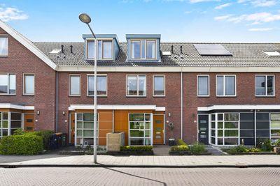 Kamilleveld 94, Den Haag