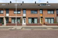 Oranjewerf 34, Maasdijk