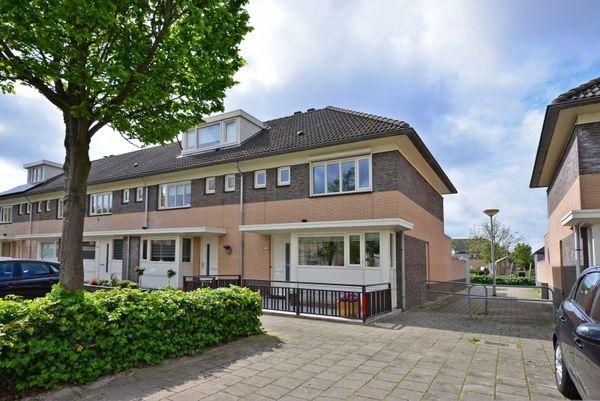 Forsythiastraat 21, Lisserbroek