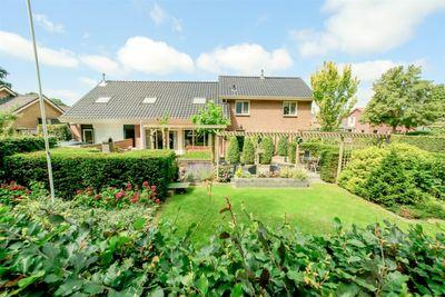 Dennenlaan 1, Ijhorst