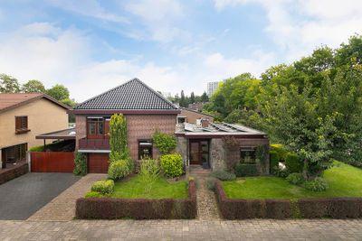 Leon Biessenstraat 77, Heerlen