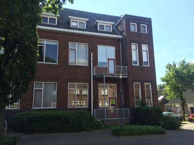 Dorpsstraat, Heel