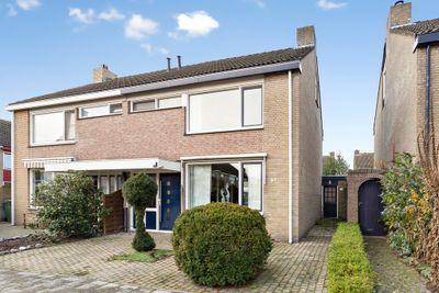 Montgomerystraat 37, Huijbergen