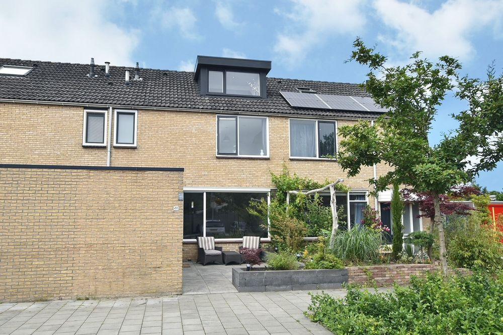 Wijngaard 48, Lelystad