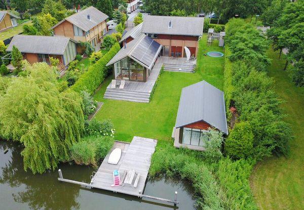 Hollandse Hout 257, Lelystad