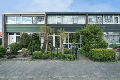 Begoniastraat 17, Hoogeveen