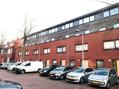 Marktweg 212A, Den Haag