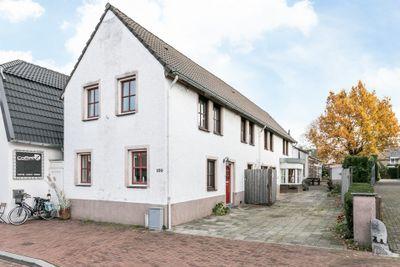 Ambyerstraat-Noord 100, Maastricht