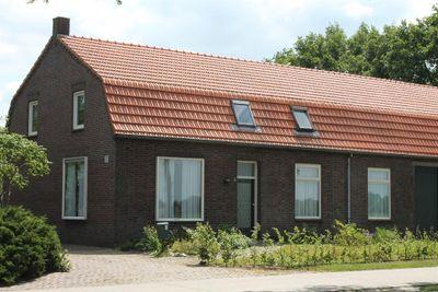 Grote Baan 5, Landhorst