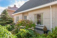 Marga Klompehof 3, Huizen