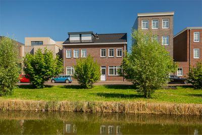 Zeussingel 97, Almere
