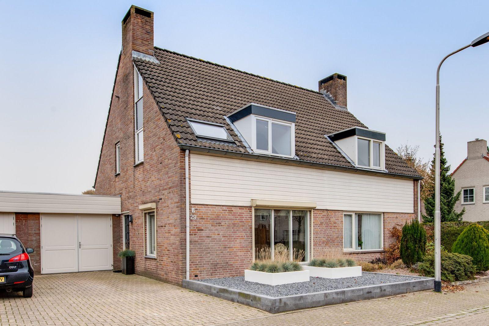 Kamille 29, Udenhout