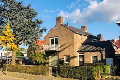 Sint Josephstraat 82, Roosendaal