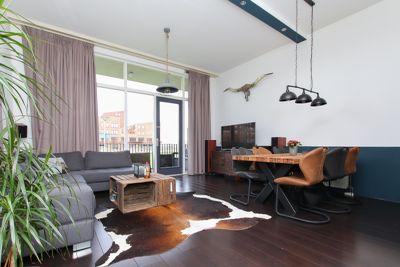 Harriët Freezerhof 111, Den Haag