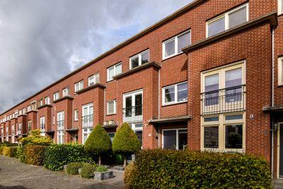 Wout van Heusdensingel 7, Rotterdam