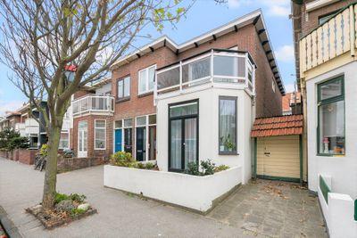 Secretaris Bosmanstraat 19-A, Zandvoort