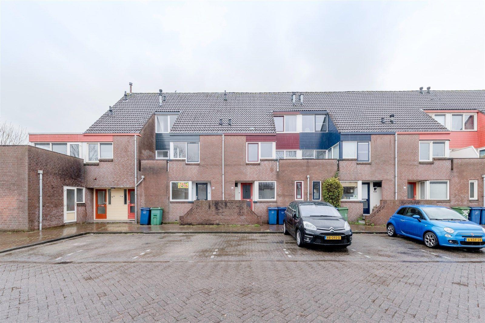 Middenhof 189, Almere