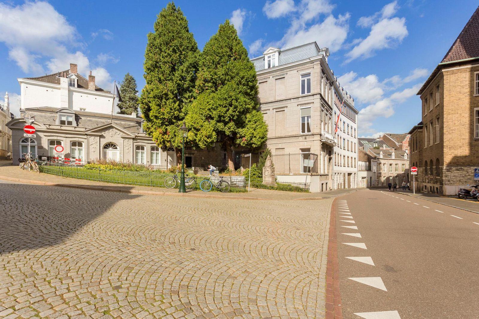 Kanunnikencour 7-B01, Maastricht