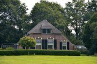 Wippert 11, Kring Van Dorth