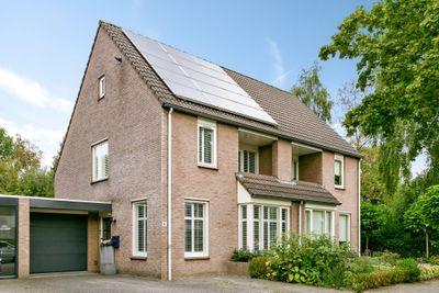 Van Hovengaarde 4, Nuenen