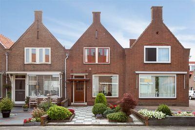Iepenlaan 15, Volendam