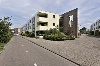 Sis Heijsterpad 59, Leiden