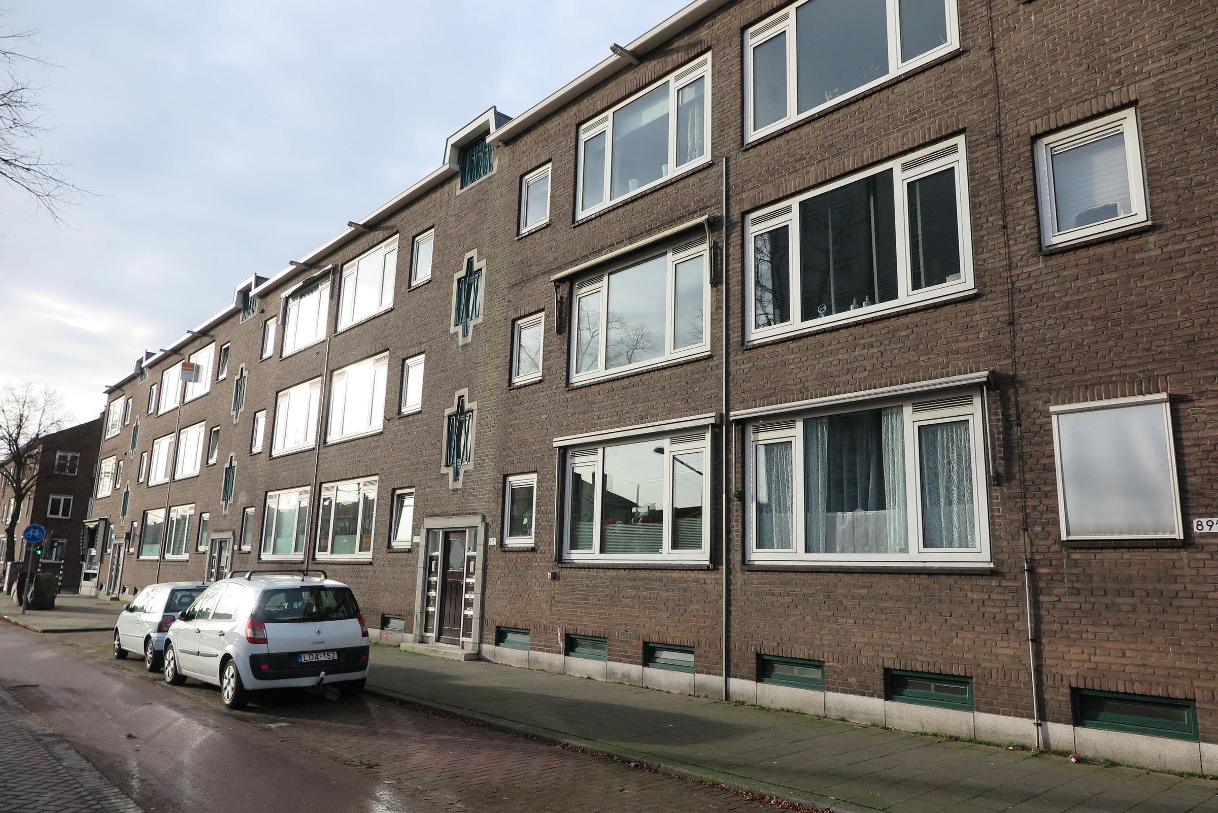 Dorpsweg 91-B, Rotterdam