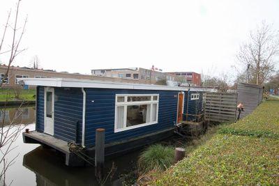 Hoendiep 1017, Groningen