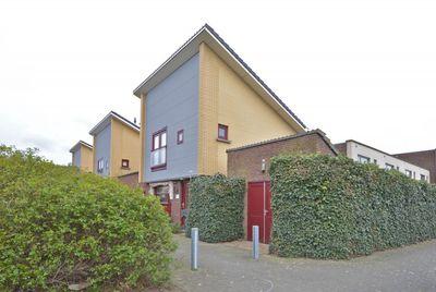 Stadhouderspoort 43, Nieuw-Vennep