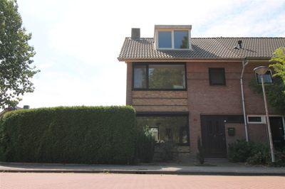 Zandbosweg 44, Deurne