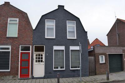 Oudestad 2, Oostburg