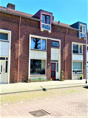 Van Limburg Stirumlaan 71, Tilburg