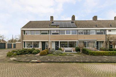 A. Schelfhoutstraat 10, Schagen
