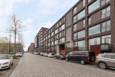 Eva Besnyöstraat 385, Amsterdam