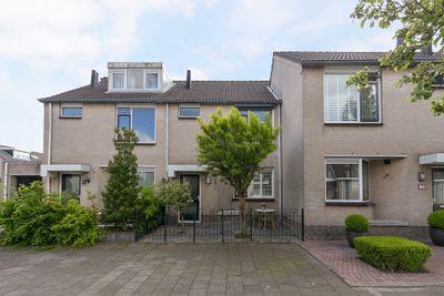 Mozartstraat 81, Barendrecht