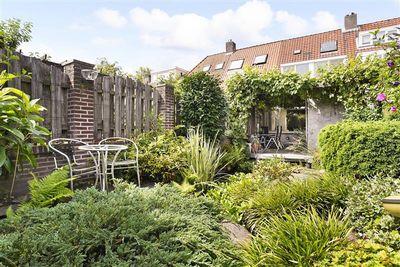 Esdoornstraat 34, Tilburg