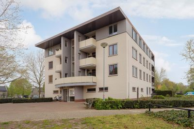 Zwaluwstraat 97, Horst
