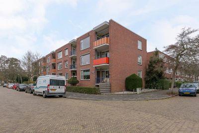 Moddermanlaan 51, Groningen