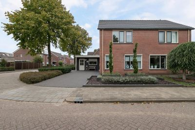 Hooiland 30, Wierden