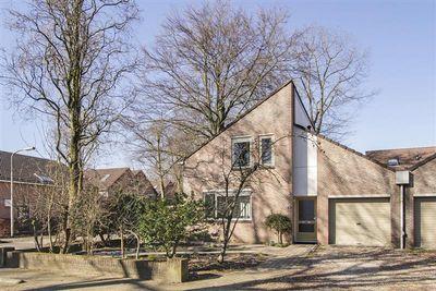 Harriet Freezerlaan 24, Nijmegen