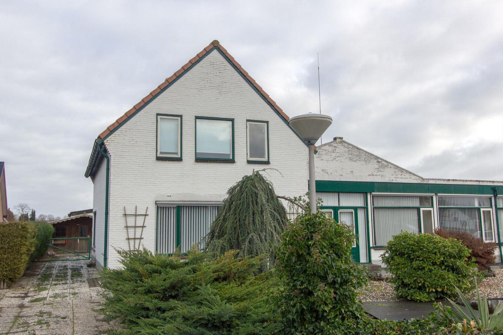 Dorpsstraat 4242A, Ingen