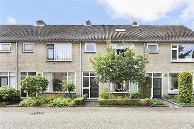 Van Solmsstraat 10, Apeldoorn