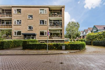 Jhr. Van Karnebeekweg 8, Ridderkerk