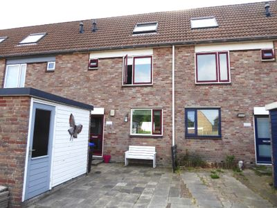 Doorzwin 5115, Julianadorp