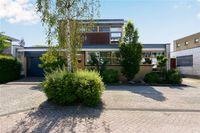 Renoirhof 151, Hoorn