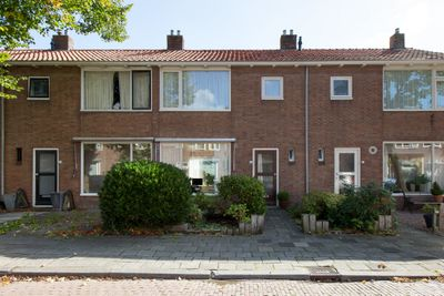 Lohmanstraat 24, Sneek